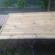 Horizontal Bars Top Cover GR Property